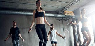 Saltar la cuerda para entrenar